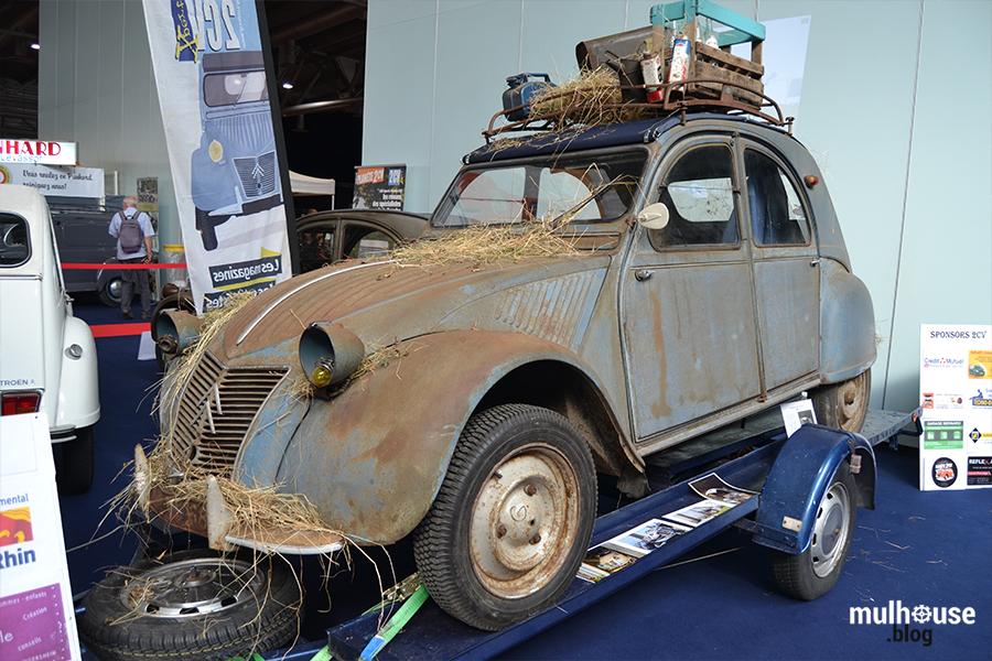 Festival des véhicules anciens -Mulhouse - 2CV sortie grange